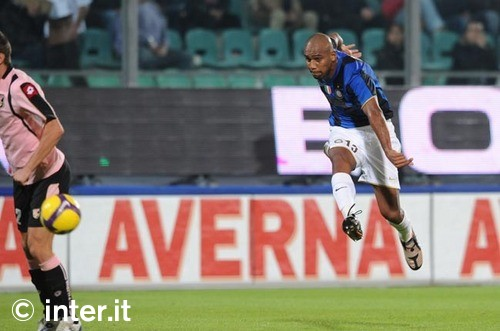 Maicon against Palermo, 2008
