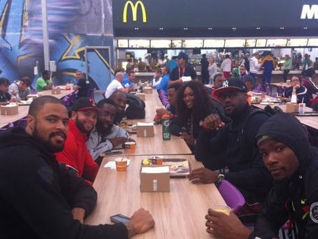 Serena-williams-team-usa-basketball-olympics-london-mcdonalds-mobli_medium