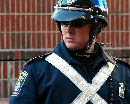 749px-boston_police_-_special_operations_officer_medium