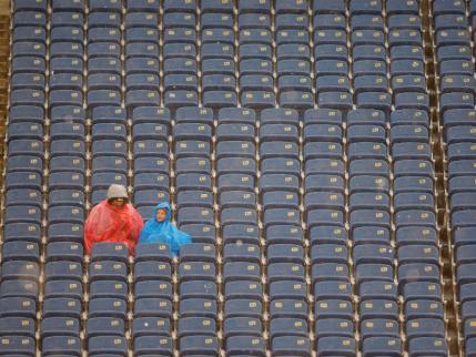 Nfl-football-empty-stadium-seats-rain1_medium