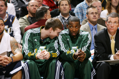 Melissa-majchrzak-memphis-grizzlies-v-utah-jazz-gordon-hayward-and-jeremy-evans_i-g-52-5258-vokzg00z_medium