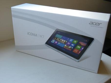 Acer-iconia-w700-6691-unboxing-004_medium