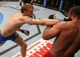 Ufox5_10_gustafsson_vs_shogun_005-270x195_medium