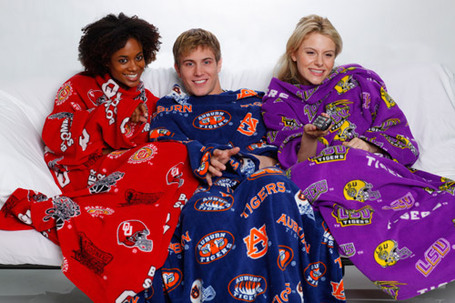 Snuggie_sport_2_medium