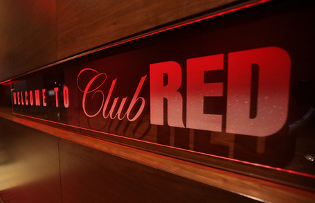 Clubred-unveiling-01_medium