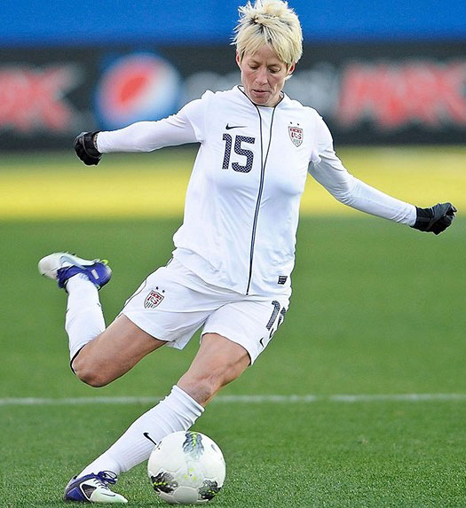 female soccer players Top 10 best female soccer players of all time women have been playing the sport of soccer in its modern form since the 1890s, yet it has faced a long road to grow to.