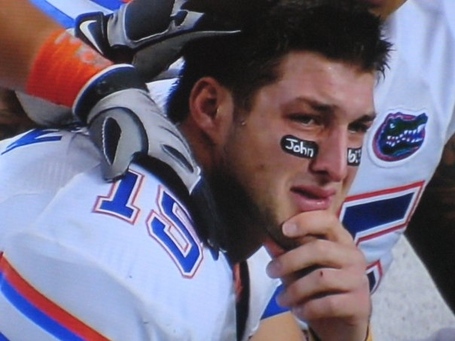 Tebow_crying_at_2009_sec_championship_game_medium