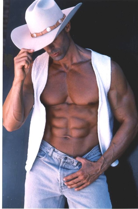 Ac_20cowboy_20fitness_20model_medium