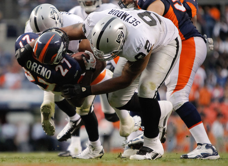 Richard_seymour_oakland_raiders_v_denver_broncos_xocu7gfjdxnl_medium
