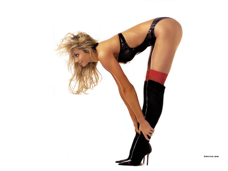 Stacy-keibler-1024x768-22465_medium