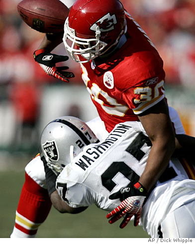Sp_raiders_chiefs_mocr104_medium