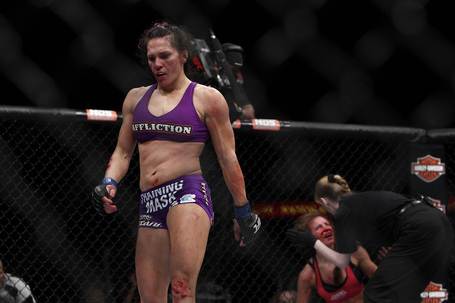 102_cat_zingano_vs_miesha_tate_9418_gallery_post_medium