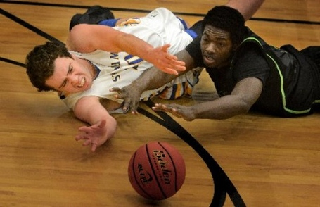 Foss-basketball-1-480x310_medium