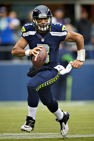 320px-russell_wilson_vs_vikings_2c_november_4_2c_2012_medium