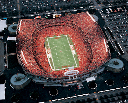 Arrowhead_stadium_001_la_lr_medium