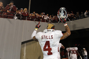 Kenny_stills_4di3k7u74g8m_medium