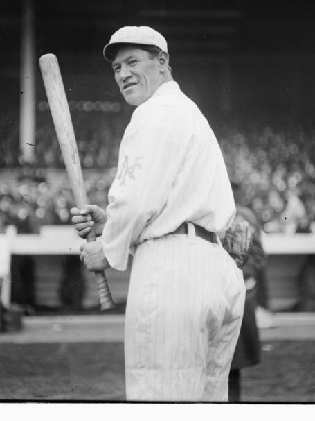 Jim_thorpe_2c_new_york_nl_2c_at_polo_grounds_2c_ny__28baseball_29_2_cropped_medium