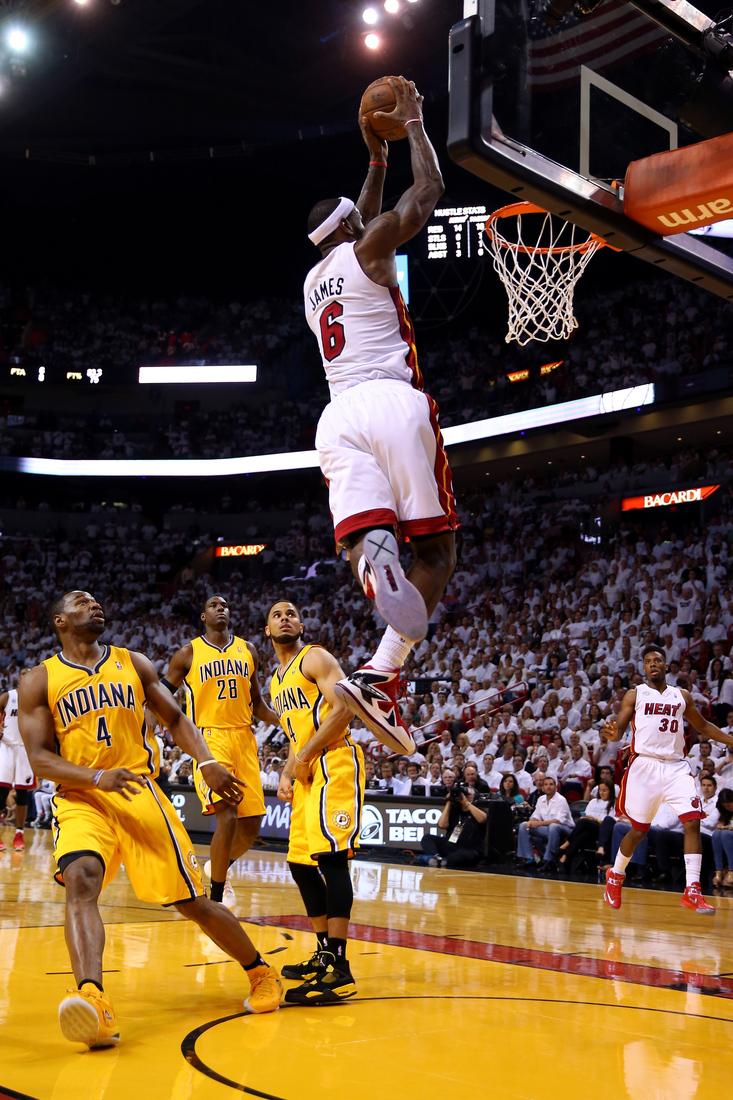 Two amazing LeBron James photos - SBNation.com