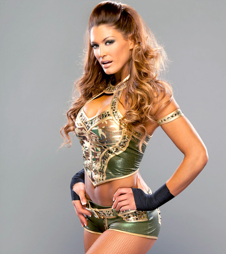 Eve-torres-wwe-divas-29958865-642-722_medium