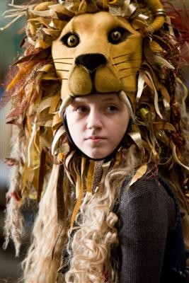 Luna_lovegood_on_her_homemade_lionhead_hat_medium