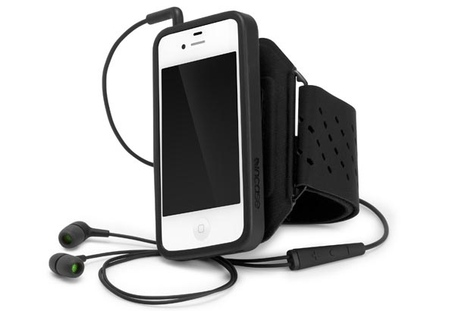 Incase_sports_armband_deluxe_for_iphone_4_and_4s_1_medium