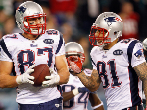 Rob-gronkowski-and-aaron-hernandez_medium