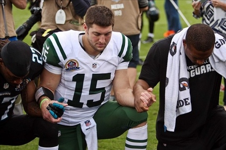 Tim-tebow-2013-570x379_medium