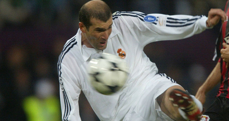 Zinedine-zidane-real-madrid-champions-league-_2947376_medium