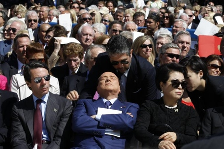 Berlusconi-sleeping-bush-library-inauguration_medium