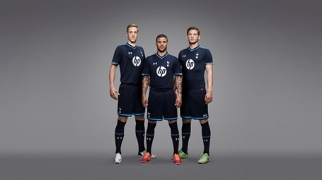 Tottenham-third-shirt-group-600x336_medium