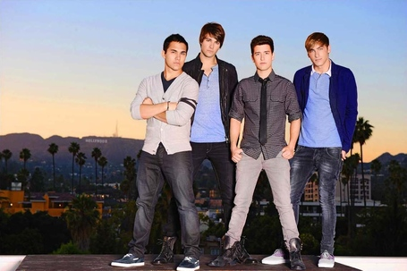 Btr-3-big-time-rush-33237136-1135-756_medium
