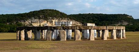 Stonehenge-texas-8_medium