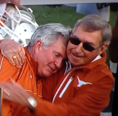 Deloss_dodds_hugs_mack_brown_medium