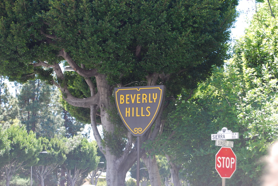 Beverly_hills_sign_medium