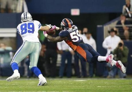 2013-10-06t222732z_2102160091_nocid_rtrmadp_3_nfl-denver-broncos-at-dallas-cowboys