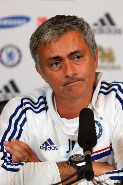 Jose_mourinho_chelsea_fc_press_conference_ybauxg_wbigl_medium