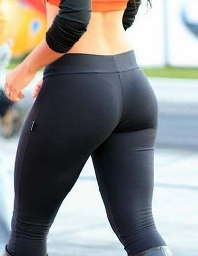 Sexy-yoga-pants-10_medium