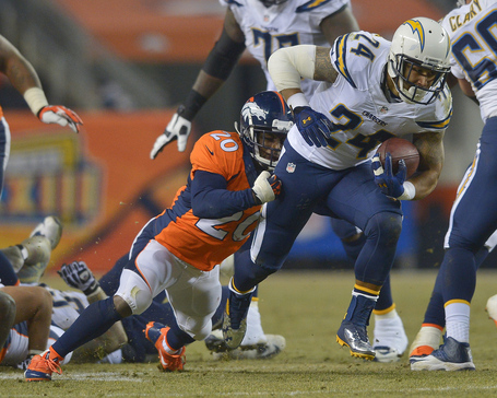 Chargers-broncos-football_pg_600_medium
