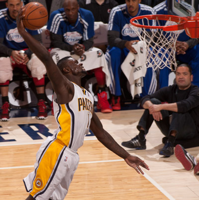 Stephenson_dunk_400_fm_medium