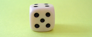 Five_dice_medium
