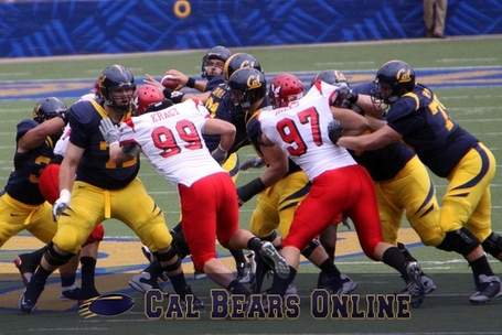 Cal_bears_offensive_line_091209_0502_medium