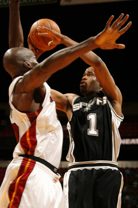 96a1e57bbdf65083c3aa9d657ed6e8f3-getty-91026035ib008_spurs_heat_medium