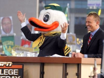 Corso-oregon-duck1_medium