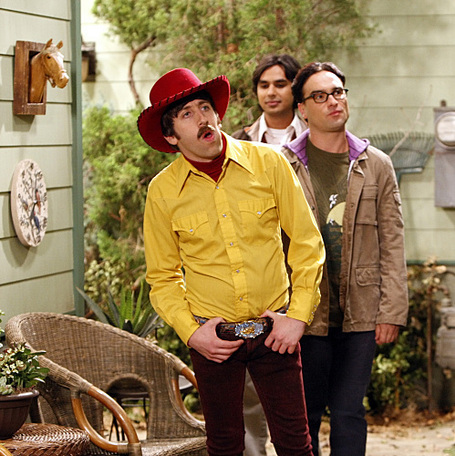 First-look-season-3-premiere-photo-the-electric-can-opener-fluctuation-the-big-bang-theory-7890818-499-500_medium