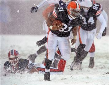 071216-browns-hmed-2p