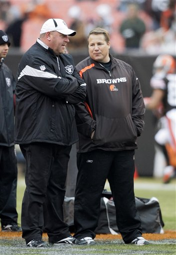 58268_raiders_browns_football_medium