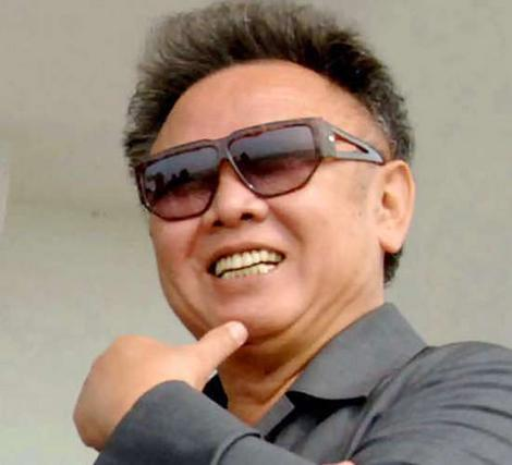 kim-jong-il-smiling