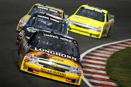 2009_20gateway_20sept_20ncwts_20ron_20hornaday_20jr_20leads_20the_20field_medium