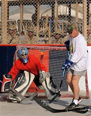 100204-afghan-hockey-vmed-1230a