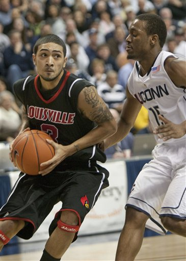 38078_louisville_connecticut_basketball_medium